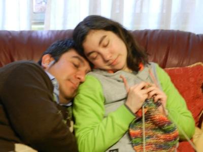 Flojeando con mi hermano.
